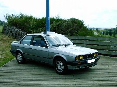 Mes anciennes auto... - Page 3 BMW_E30_316i