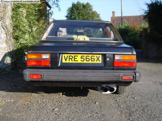 Mes anciennes auto... - Page 2 Triumph-Acclaim-1982-2